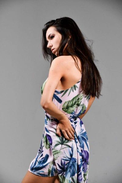 Kitti - Side Profile of brunette model